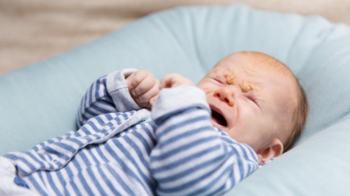 Begini Cara Mengatasi Bayi Menangis Keras & Ketahui Juga Penyebabnya Jangan Lagi Panik